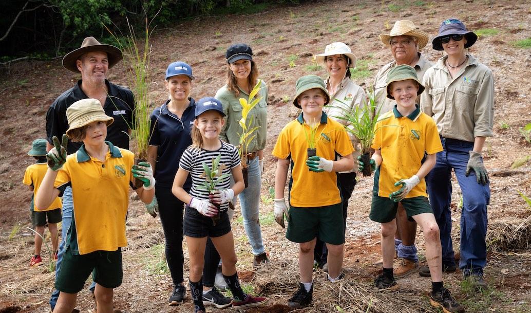 850 Trees Planted in Big Scrub